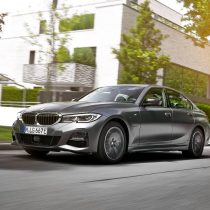 Фотография экоавто BMW 330e 2019 - фото 29