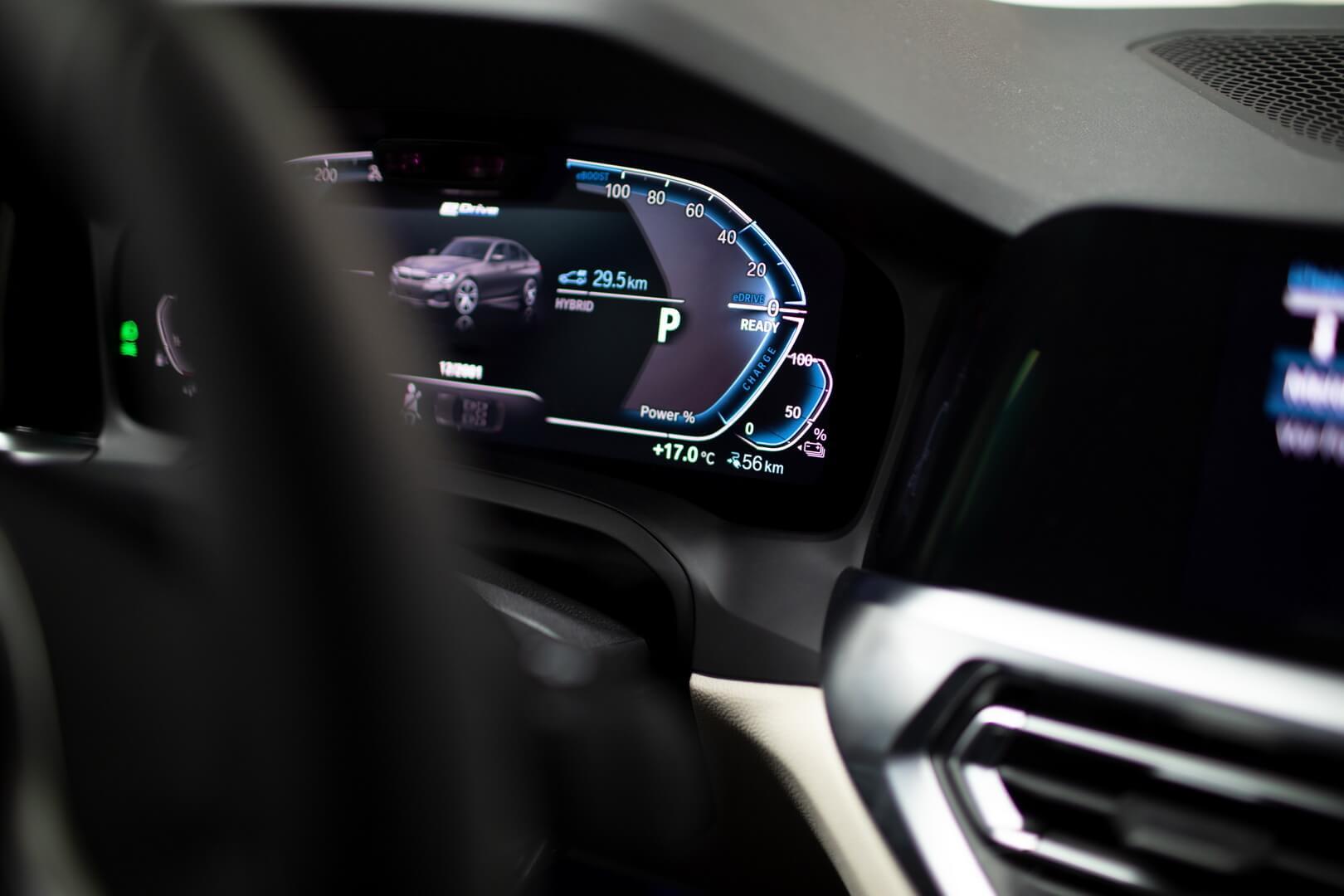 Фотография экоавто BMW 330e 2019 - фото 53