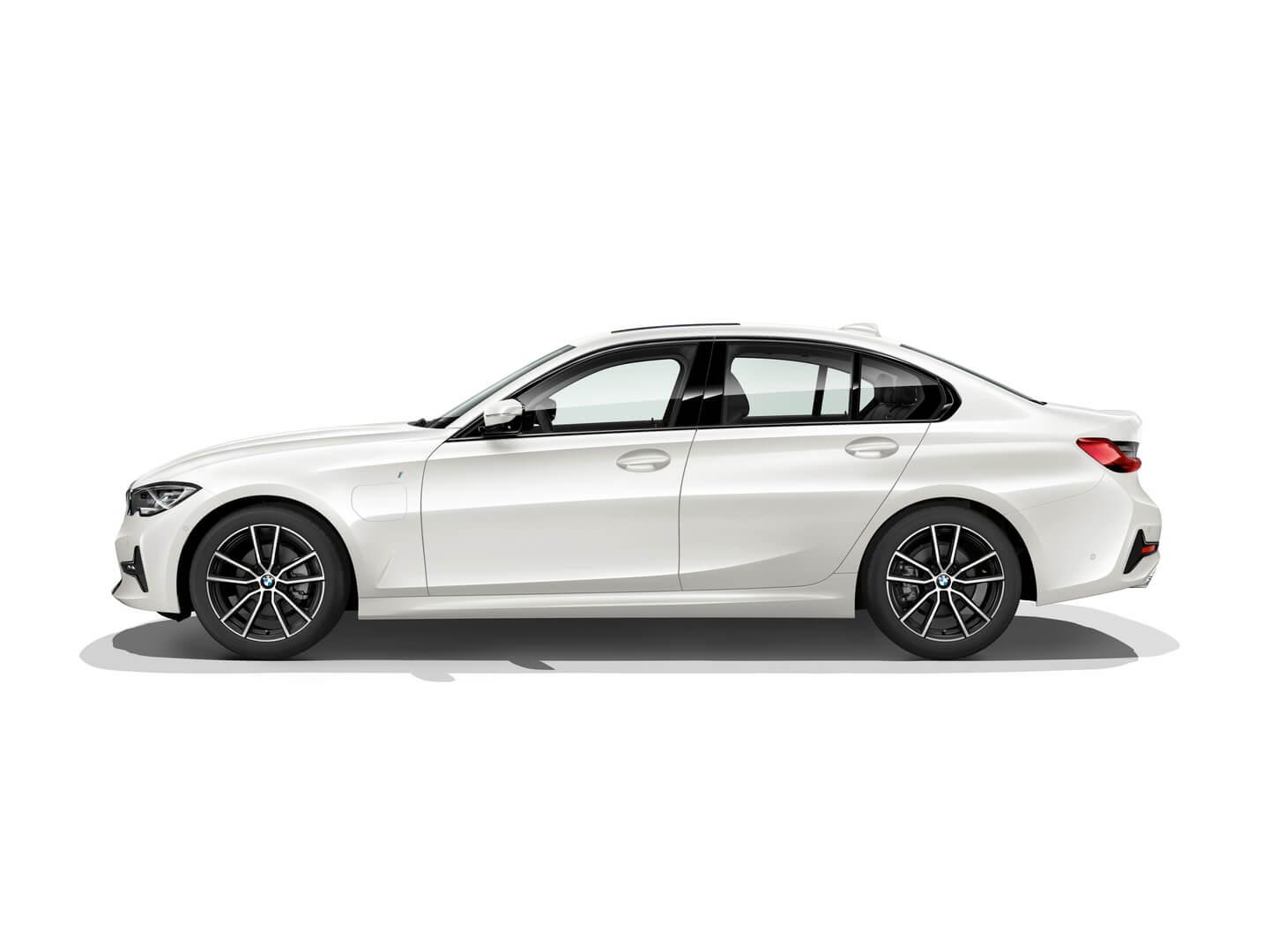 Фотография экоавто BMW 330e 2019 - фото 7