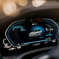 Фотография экоавто BMW 330e 2019 - фото 41