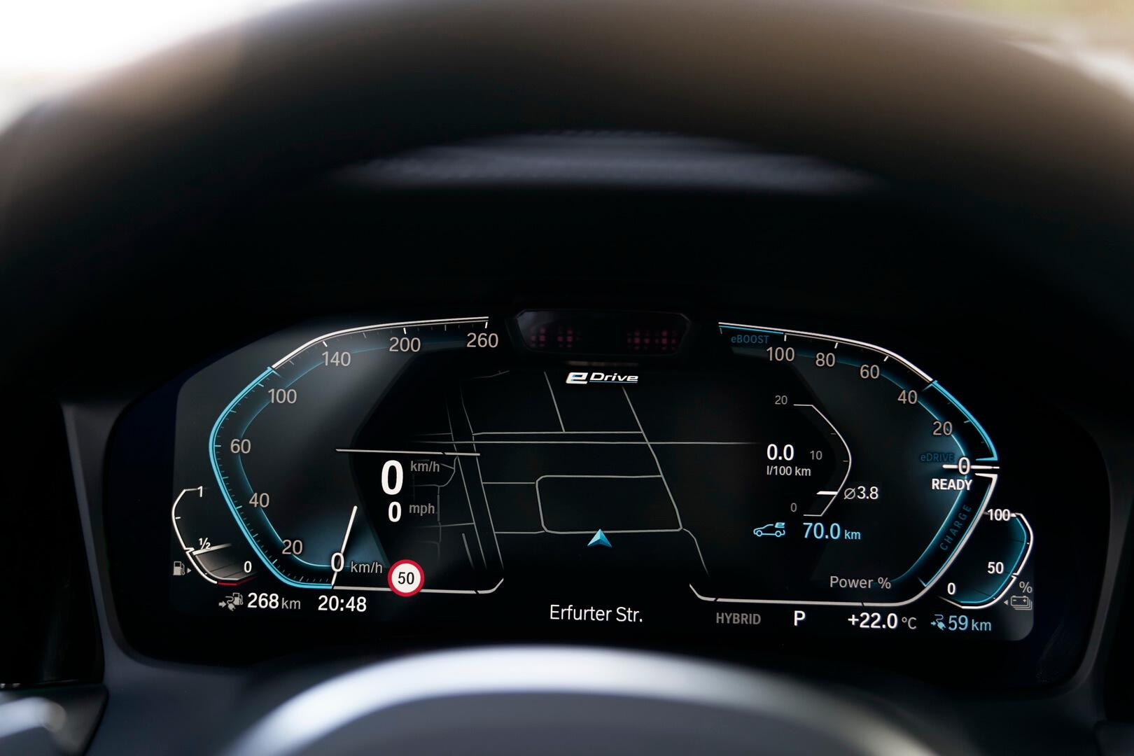 Фотография экоавто BMW 330e 2019 - фото 46