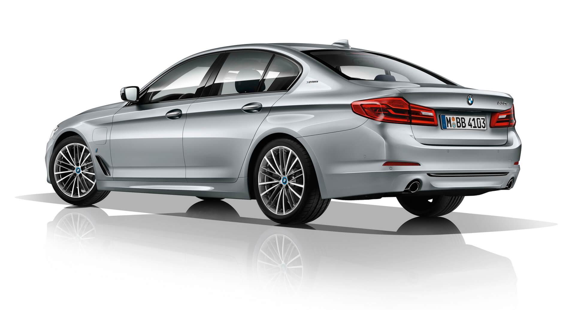 Фотография экоавто BMW 530e iPerformance - фото 2