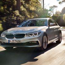 Фотография экоавто BMW 530e iPerformance - фото 17