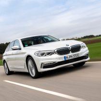 Фотография экоавто BMW 530e iPerformance - фото 12