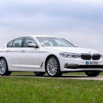 Фотография экоавто BMW 530e iPerformance - фото 6