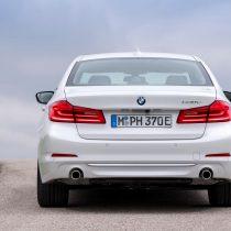 Фотография экоавто BMW 530e iPerformance - фото 5