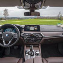 Фотография экоавто BMW 530e iPerformance - фото 26