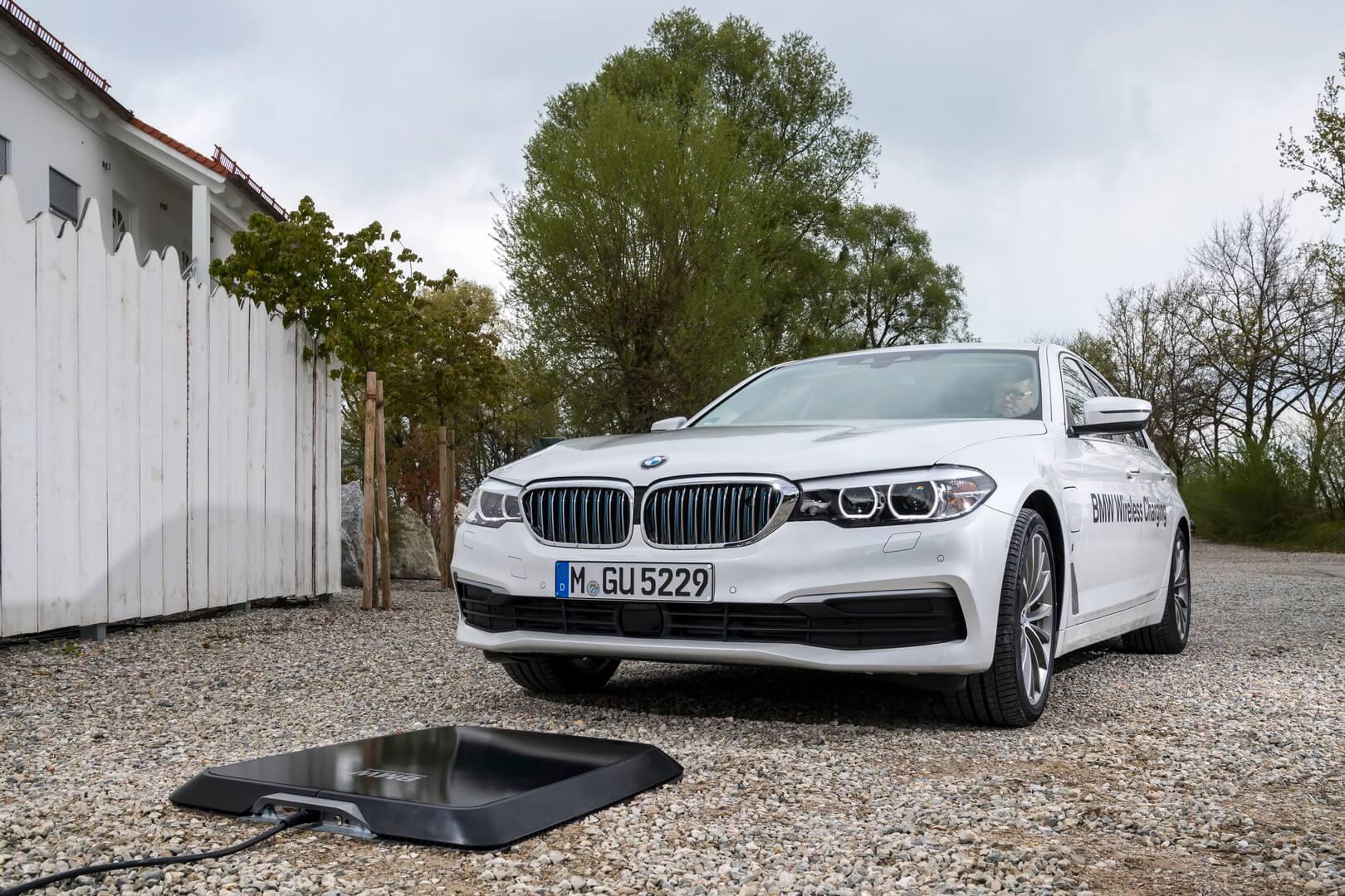 Фотография экоавто BMW 530e iPerformance - фото 24