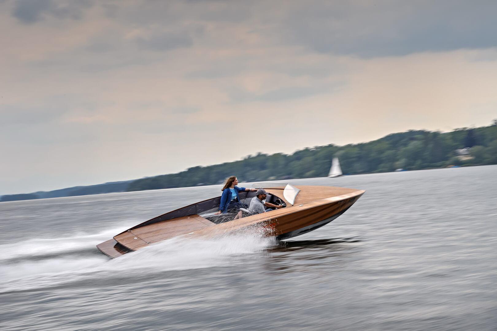 Torqeedo строит электрические лодки с батареями от BMW i3