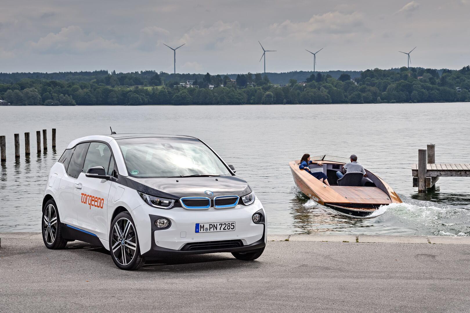 BMW i3 поделится своими аккумуляторами с электрическими катерами Torqeedo