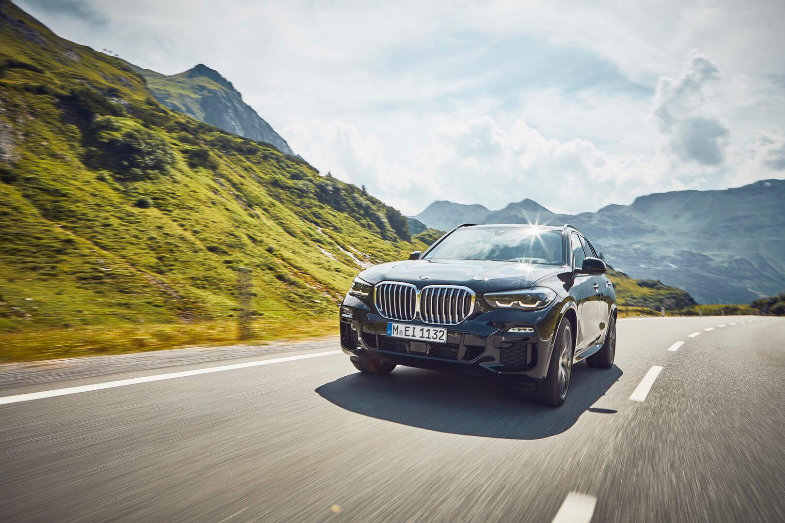 Фотография экоавто BMW X5 xDrive45e - фото 15