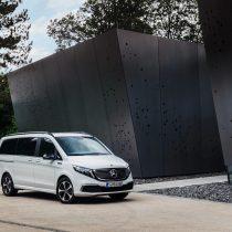Фотография экоавто Mercedes-Benz EQV - фото 3