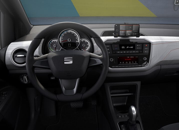 Интерьер электромобиля SEAT Mii Electric