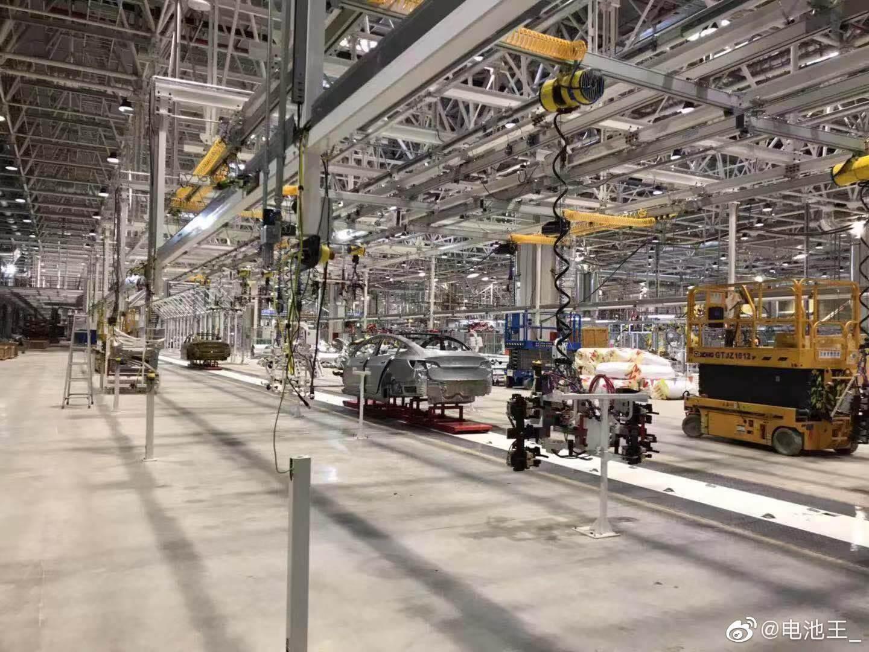 Tesla Gigafactory 3 в Шанхае © Twitter ray4tesla