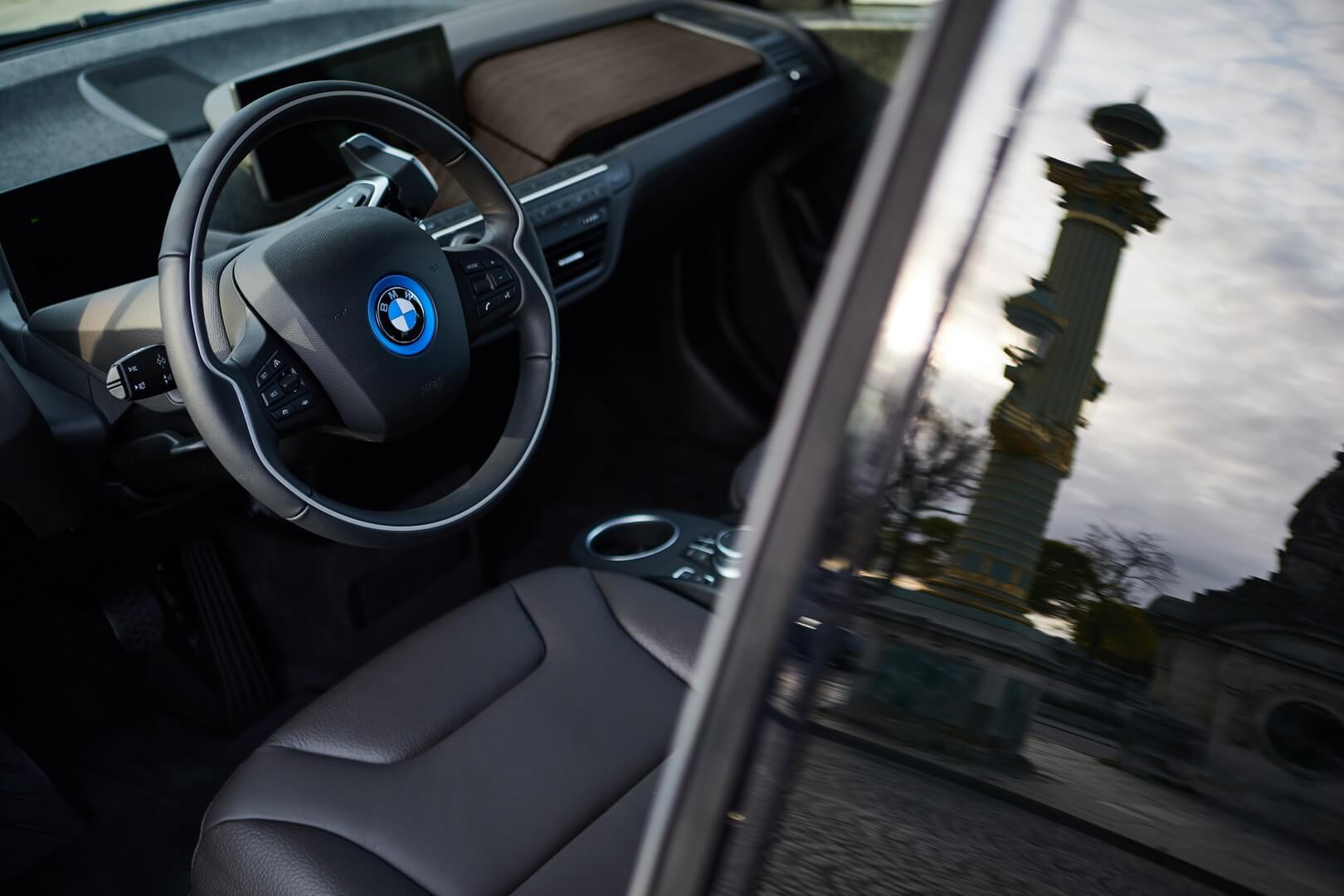 Интерьер BMW i3s Edition RoadStyle