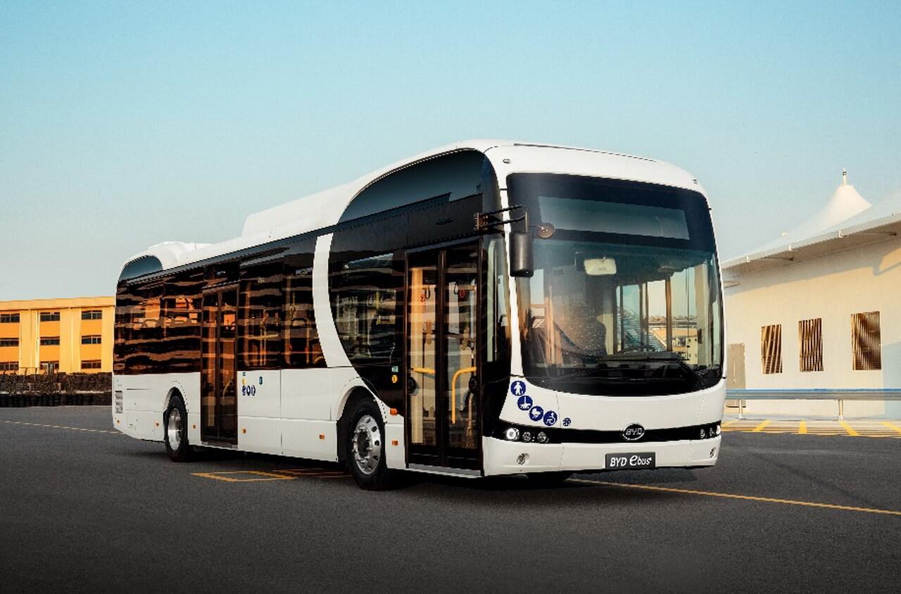 12-метровый электрический автобус отBYD