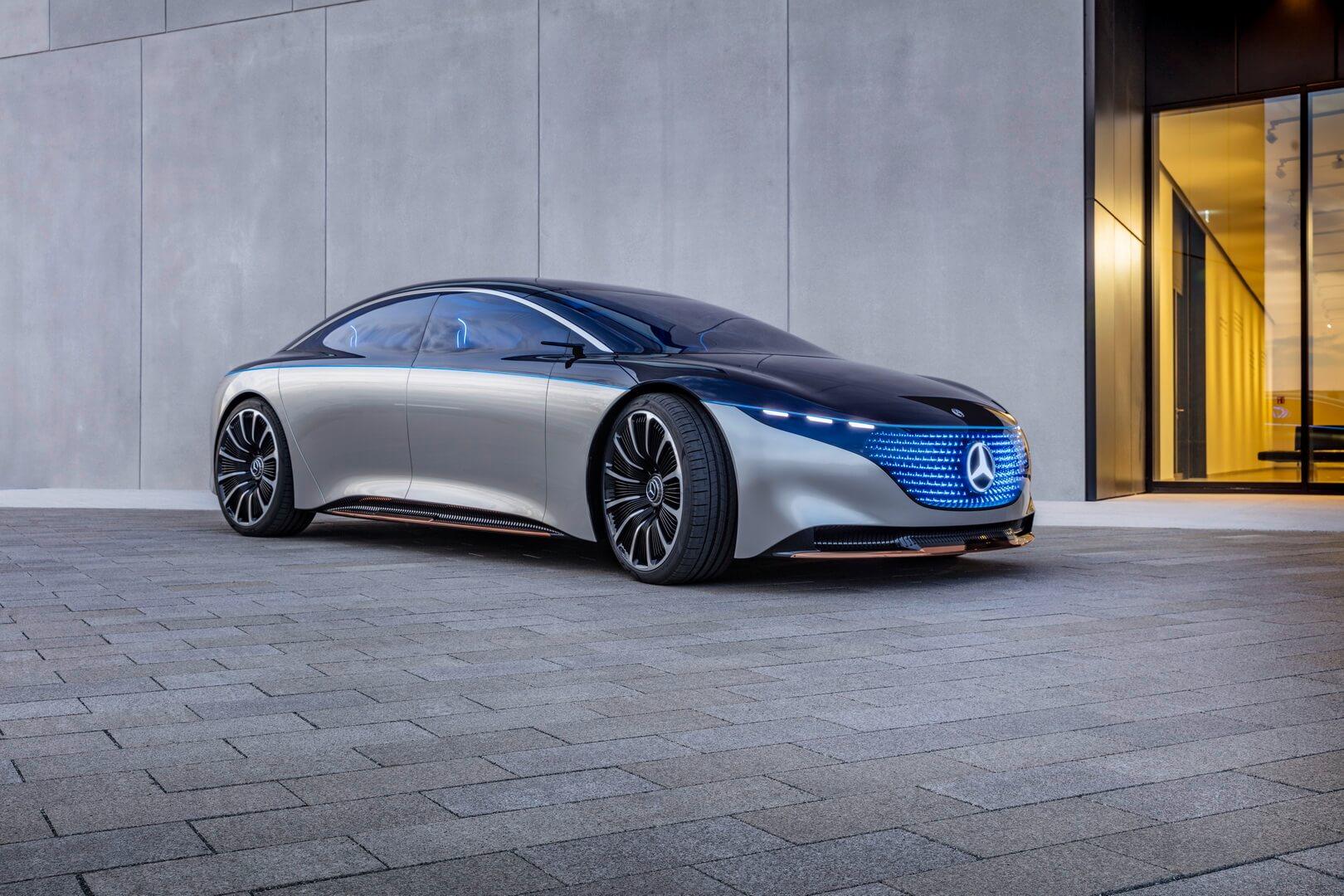 Футуристичный дизайн Mercedes-Benz VISION EQS