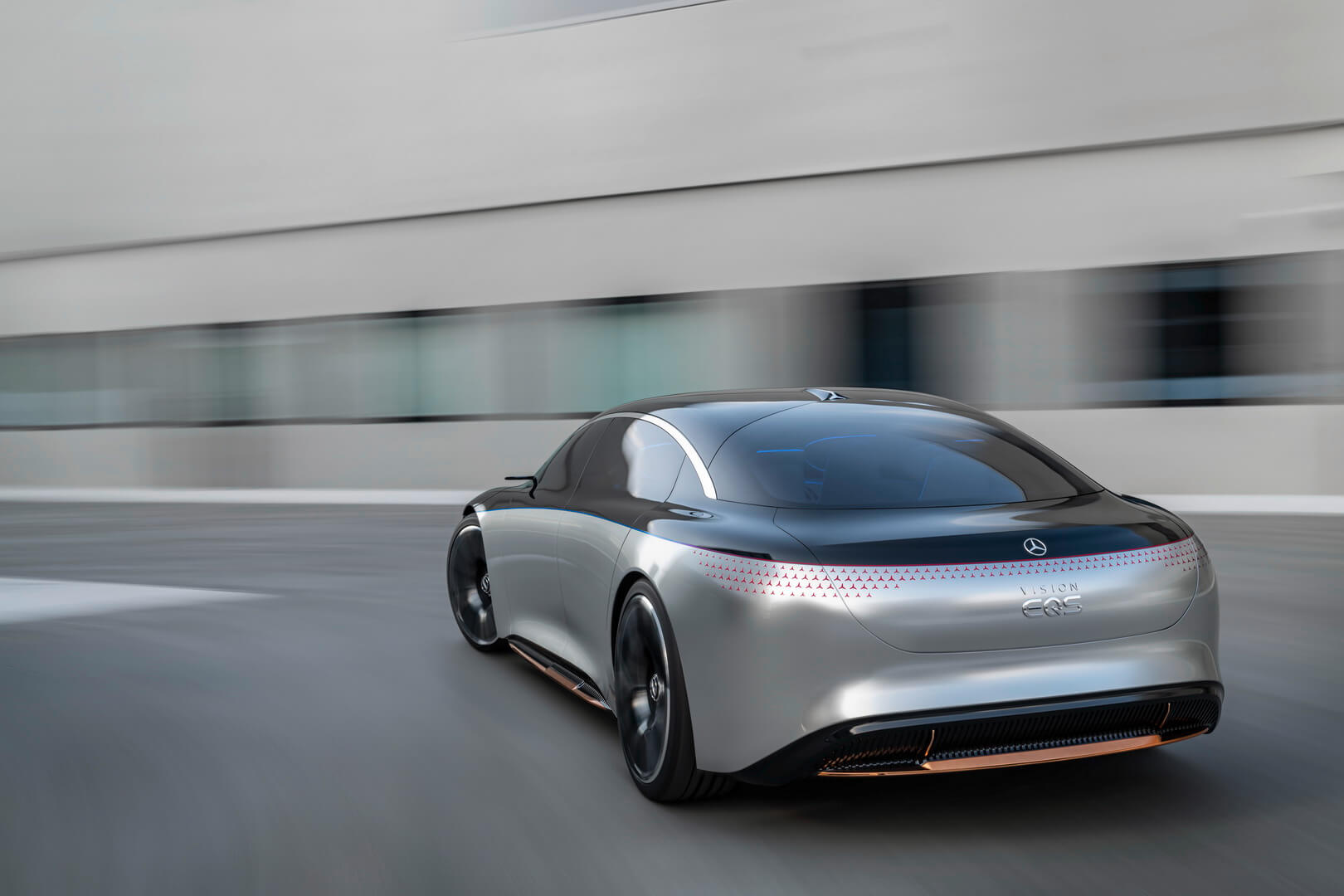 Mercedes-Benz VISION EQS: концепт электрического седана с запасом хода 700 км
