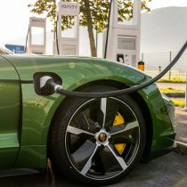 Фотография экоавто Porsche Taycan Turbo S - фото 60