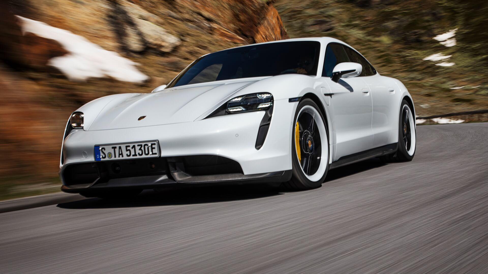 Фотография экоавто Porsche Taycan Turbo S - фото 6
