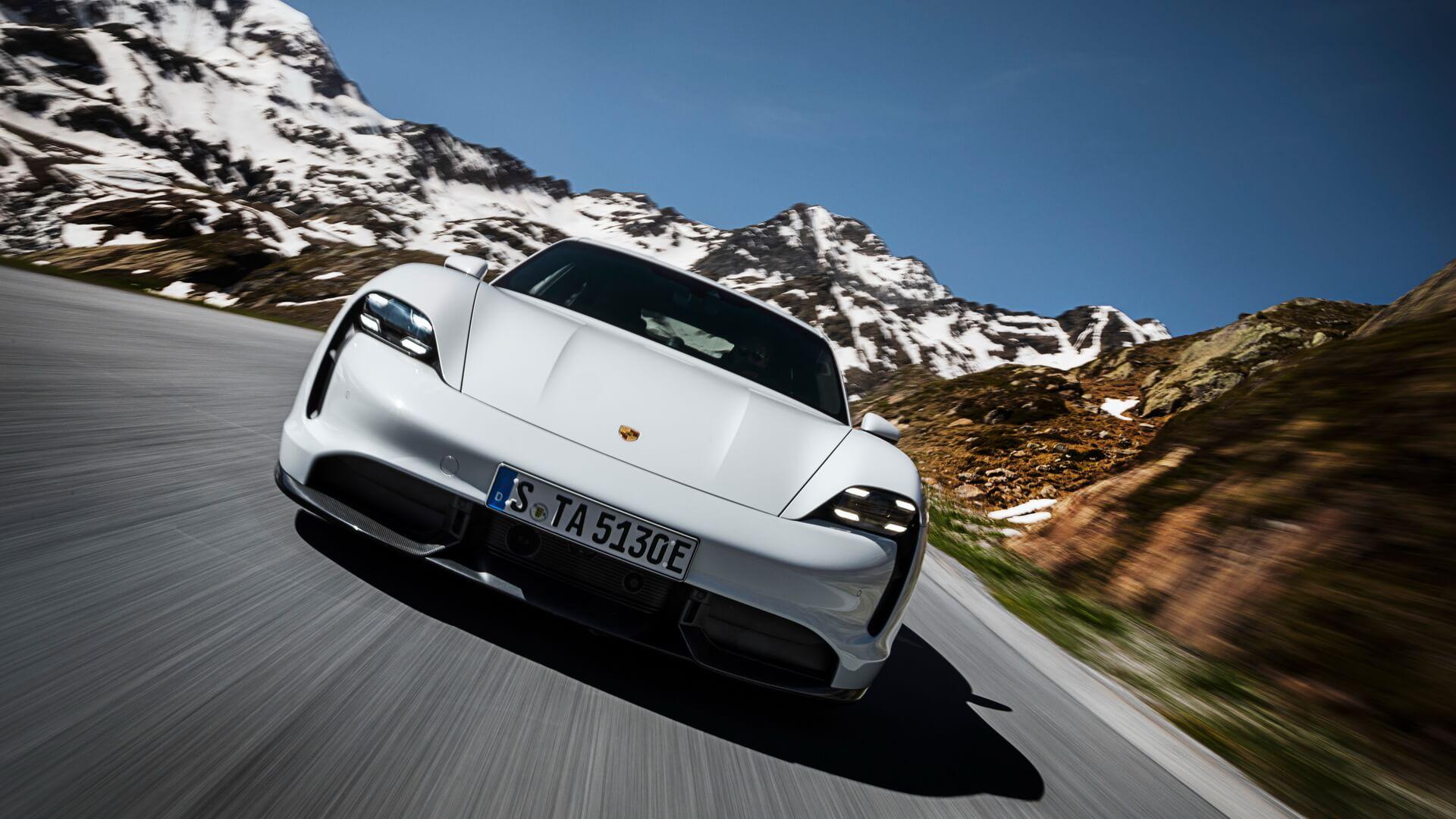 Фотография экоавто Porsche Taycan Turbo S - фото 5