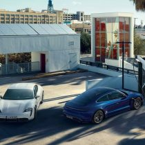 Фотография экоавто Porsche Taycan Turbo S - фото 20