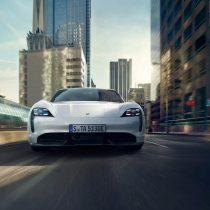 Фотография экоавто Porsche Taycan Turbo S - фото 19