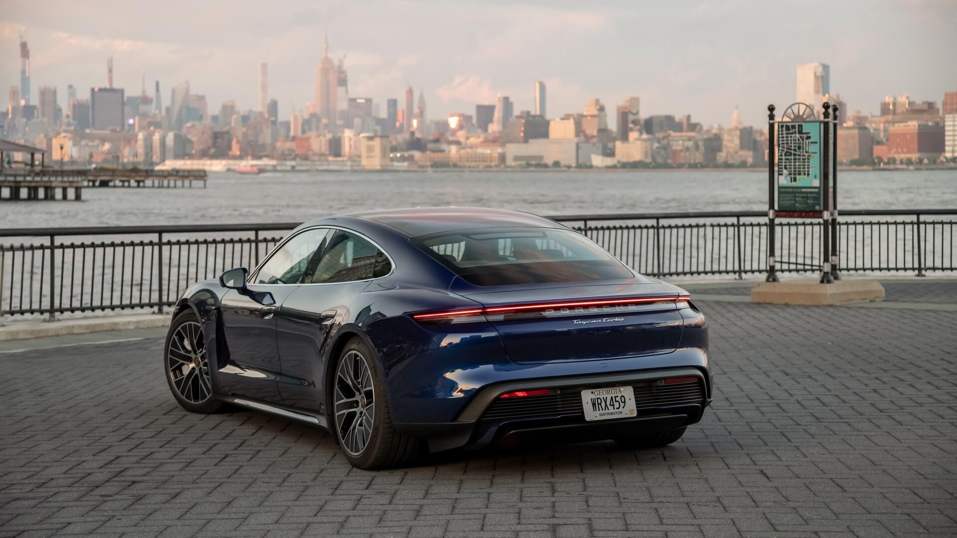 Фотография экоавто Porsche Taycan Turbo S - фото 24