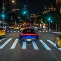 Фотография экоавто Porsche Taycan Turbo S - фото 27