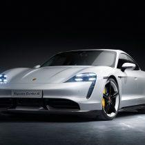 Фотография экоавто Porsche Taycan Turbo S - фото 13