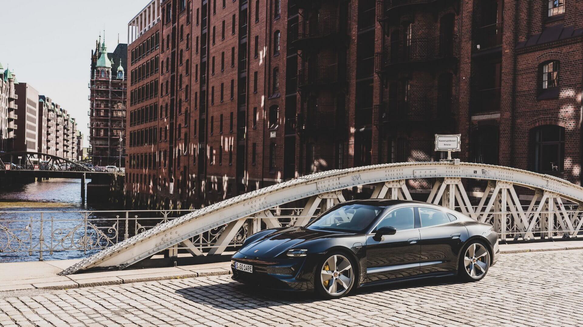 Фотография экоавто Porsche Taycan Turbo S - фото 50