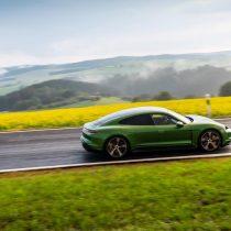 Фотография экоавто Porsche Taycan Turbo S - фото 38