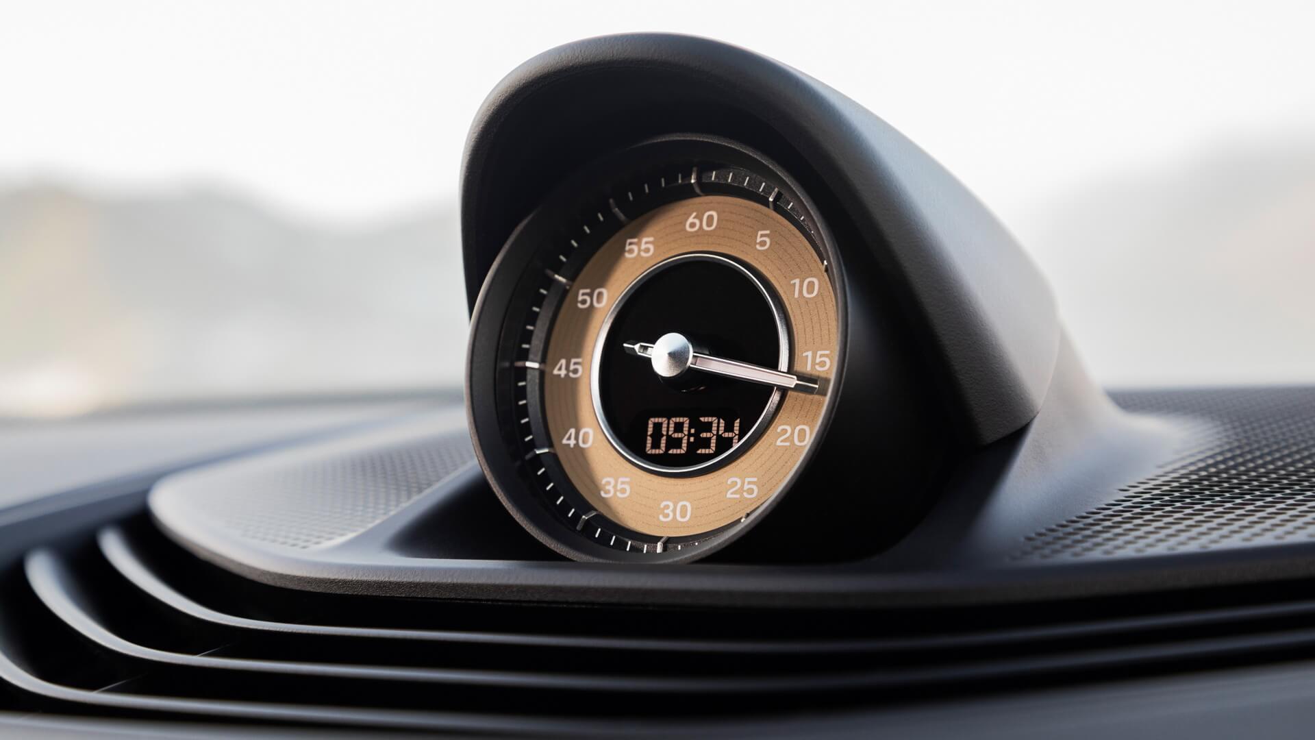 Фотография экоавто Porsche Taycan Turbo S - фото 64