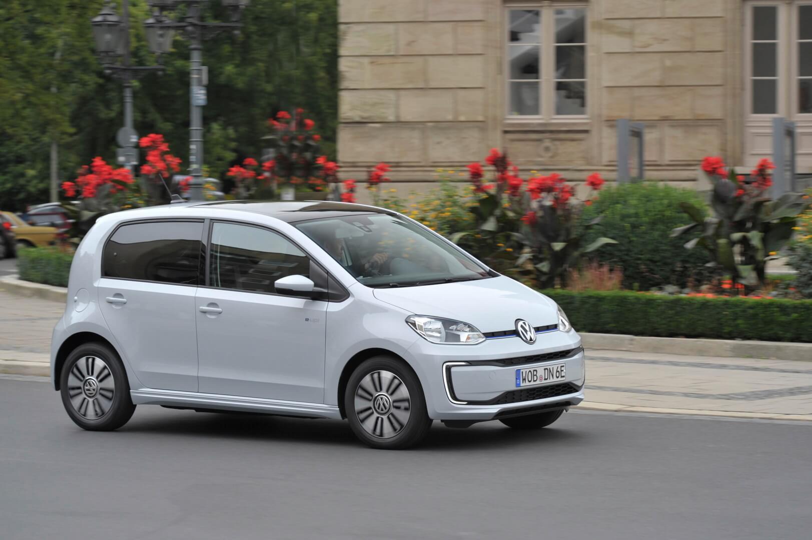 Фотография экоавто Volkswagen e-Up! - фото 8