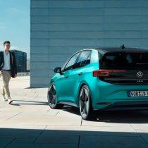 Фотография экоавто Volkswagen ID.3 1ST (Mid-Range) - фото 2