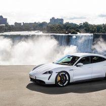 Фотография экоавто Porsche Taycan Turbo S - фото 29