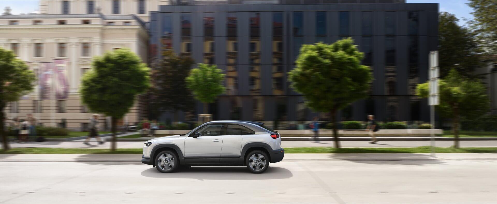 Фотография экоавто Mazda MX-30 EV - фото 12