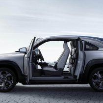 Фотография экоавто Mazda MX-30 EV - фото 16