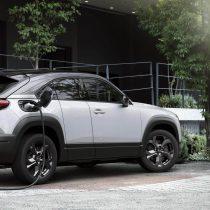 Фотография экоавто Mazda MX-30 EV - фото 13
