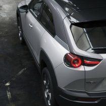 Фотография экоавто Mazda MX-30 EV - фото 9