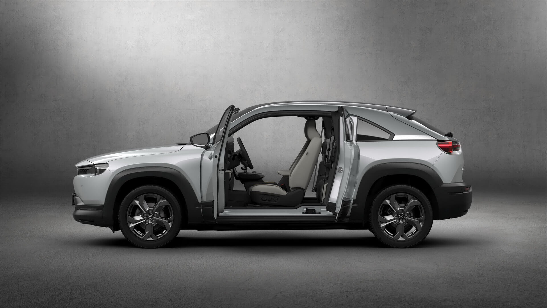 Фотография экоавто Mazda MX-30 EV - фото 3