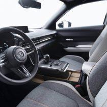 Фотография экоавто Mazda MX-30 EV - фото 17