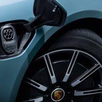 Фотография экоавто Porsche Taycan 4S - фото 6