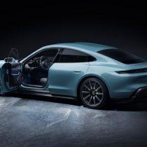 Фотография экоавто Porsche Taycan 4S - фото 3