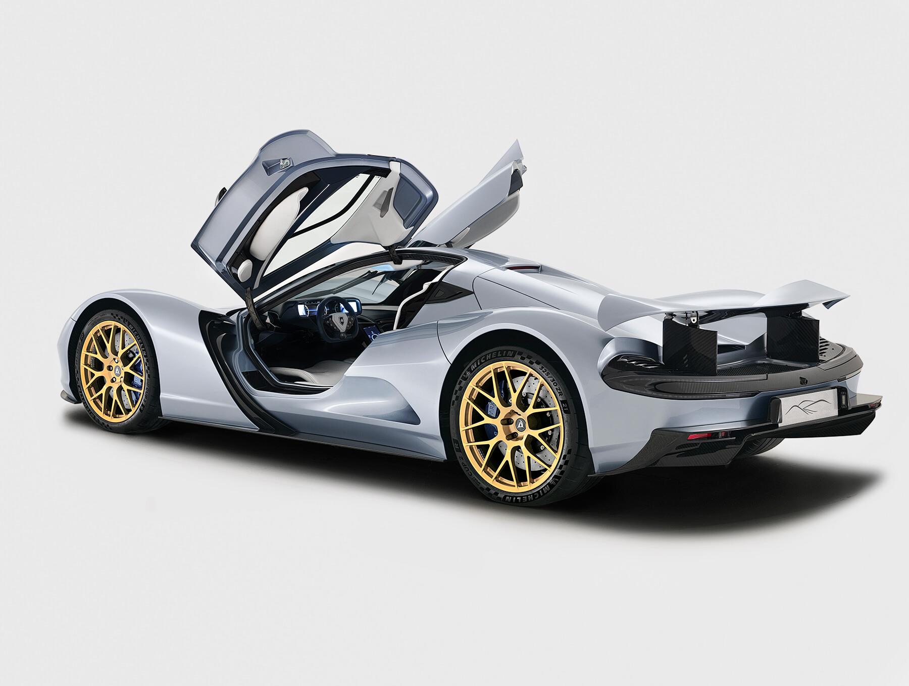 Японцы построили самый мощный серийный электромобиль в мире