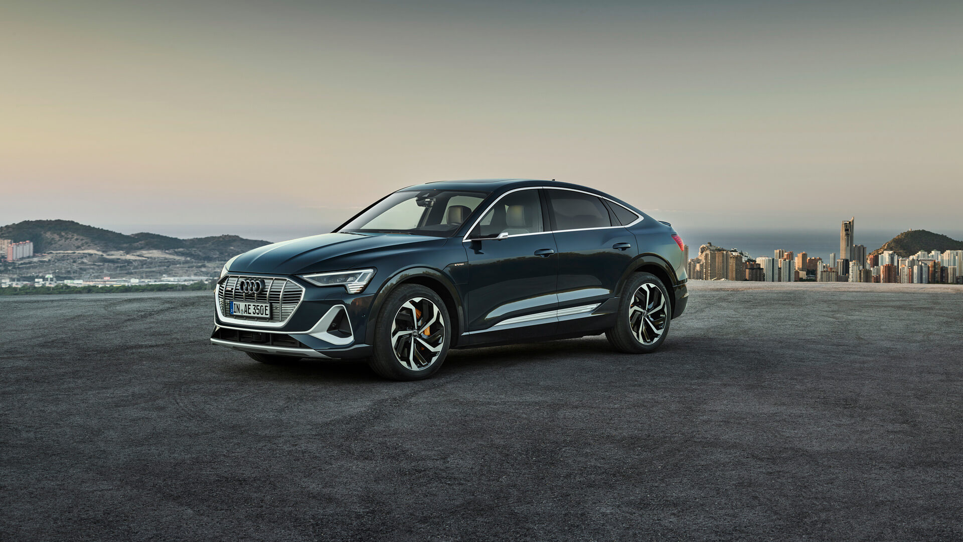 Фотография экоавто Audi e-tron Sportback 50 quattro - фото 5