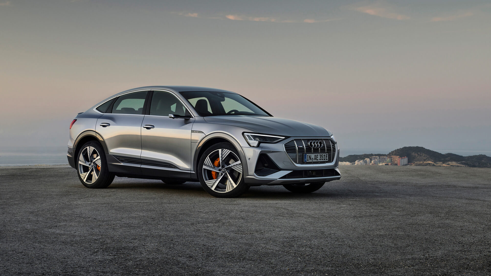 Фотография экоавто Audi e-tron Sportback 55 quattro - фото 11