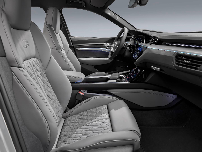 Фотография экоавто Audi e-tron Sportback 50 quattro - фото 10