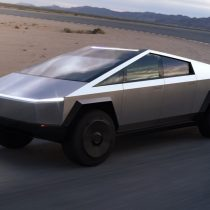 Фотография экоавто Tesla Cybertruck AWD (двухмоторный) - фото 5