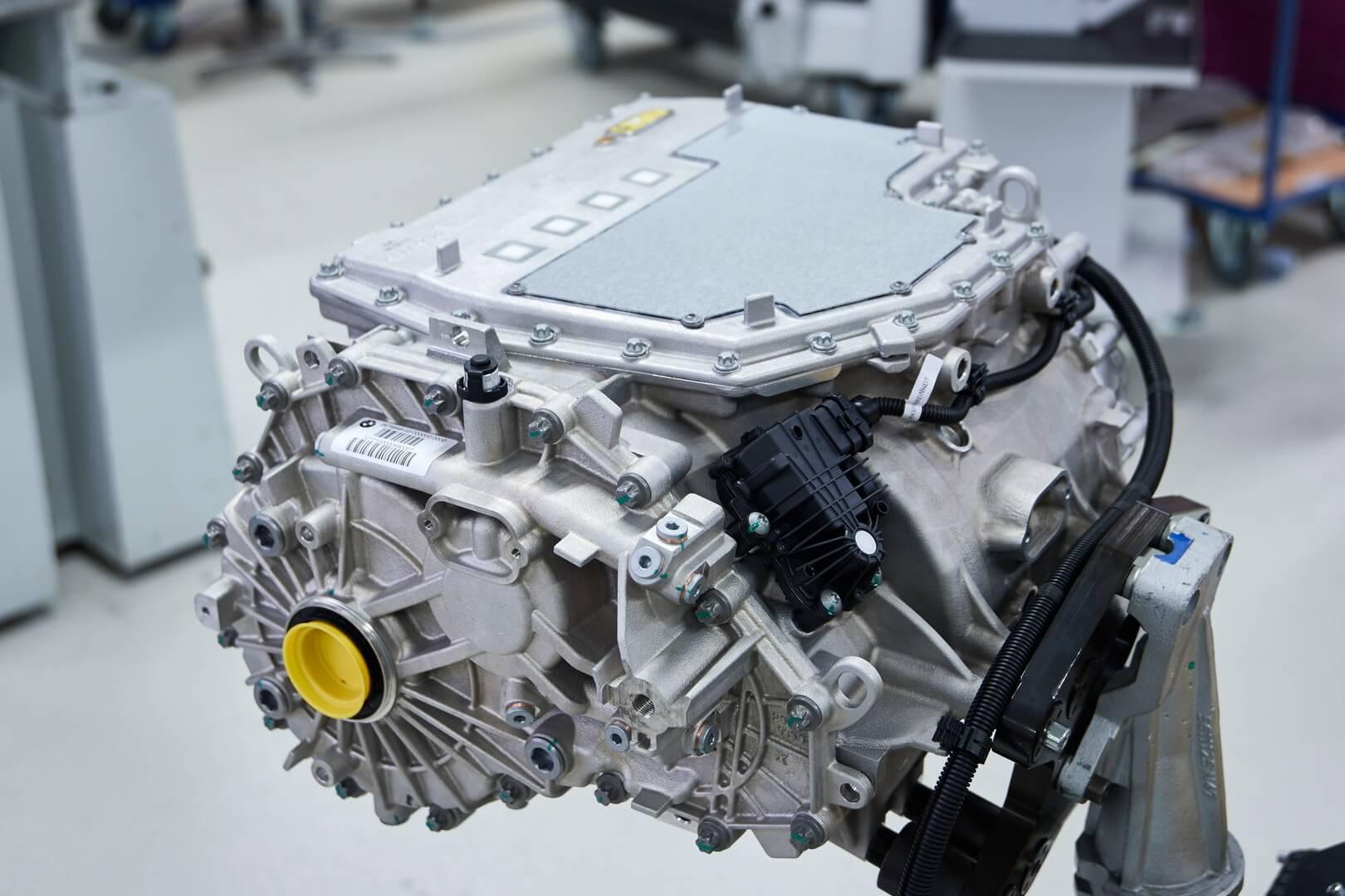 Электродвигатель BMW iX3